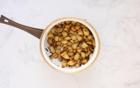 Preparazione Pomodorini con pane croccante - Fase 3