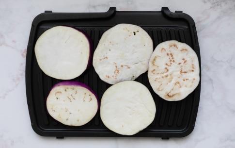 Preparazione Parmigiana di melanzane grigliate - Fase 1