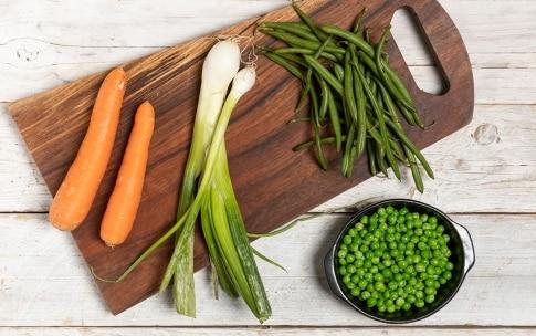 Preparazione Riso basmati con verdure e gamberi - Fase 2