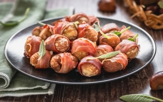 Bocconcini di castagne, speck e salvia