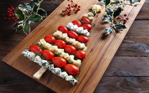 Preparazione Albero di Natale ai formaggi - Fase 2
