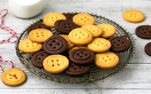 Preparazione Biscotti a forma di bottone - Fase 5