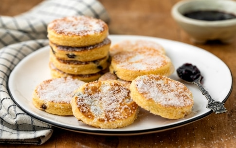Preparazione Welsh cakes - Fase 4