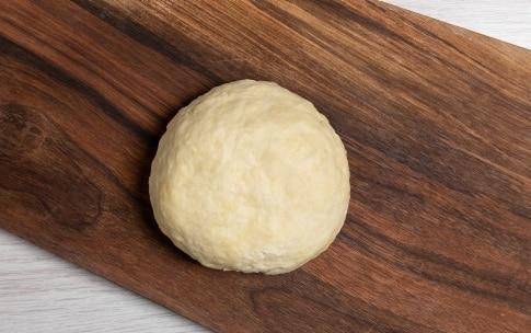 Preparazione Pasta brisée senza burro - Fase 2