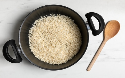 Preparazione Risotto ai carciofi con fontina e noci - Fase 2