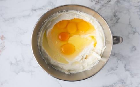 Preparazione Cheesecake basca - Fase 1
