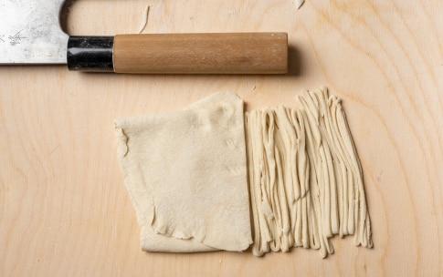 Preparazione Noodles fatti in casa - Fase 3