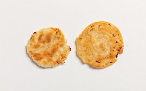 Preparazione Pancake cinesi al cipollotto - Fase 4