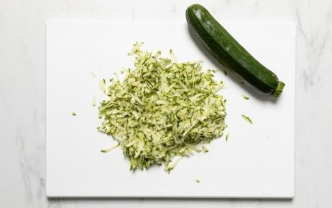 Preparazione Pasta zucchine e speck - Fase 1