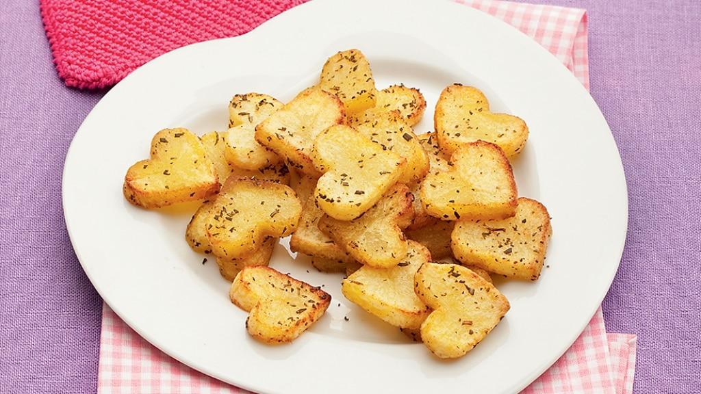 Patatine cuoricine al profumo di rosmarino