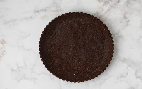 Preparazione Torta al cioccolato bianco e lamponi - Fase 1
