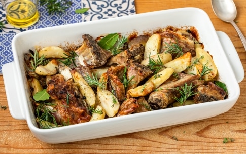 Preparazione Agnello al forno con patate - Fase 2