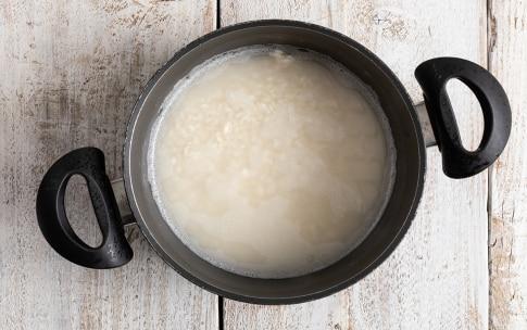 Preparazione Risotto alla barbabietola e gorgonzola - Fase 3