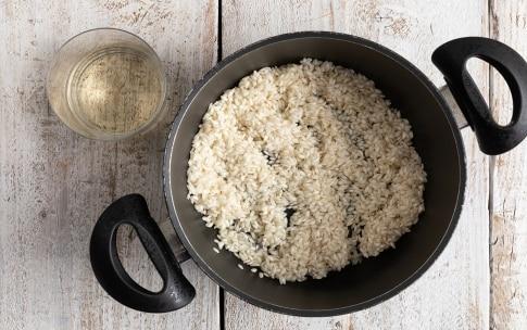 Preparazione Risotto alla barbabietola e gorgonzola - Fase 2