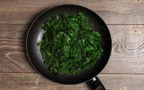 Preparazione Spinaci in padella - Fase 1