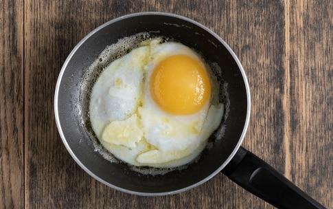 Preparazione Uovo d'oca con asparagi - Fase 3