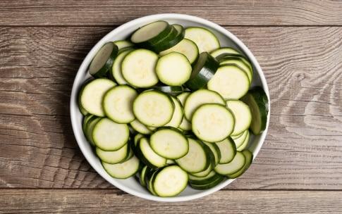 Preparazione Zucchine al forno con il panko - Fase 1