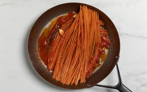 Preparazione Spaghetti all'assassina - Fase 2