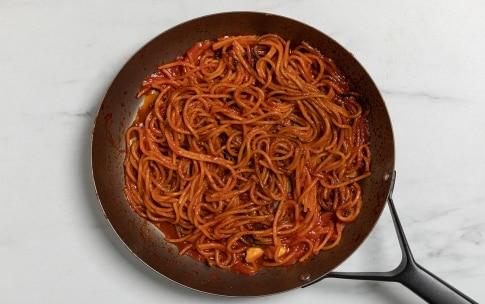 Preparazione Spaghetti all'assassina - Fase 3
