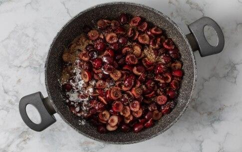 Preparazione Crumble alle ciliegie - Fase 2