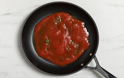 Preparazione Parmigiana di zucchine in padella - Fase 1