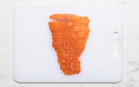 Preparazione Tartare di salmone e avocado - Fase 1
