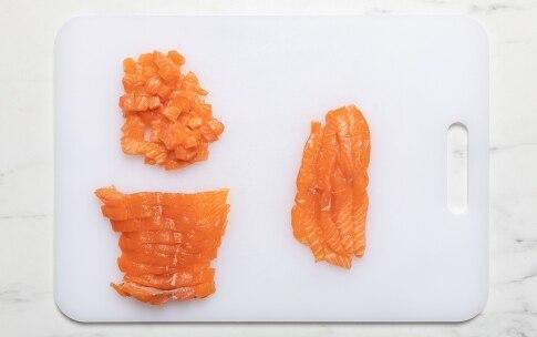 Preparazione Tartare di salmone e avocado - Fase 2