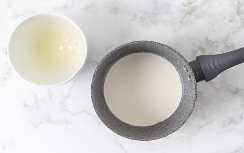 Preparazione Torta fredda allo yogurt - Fase 2