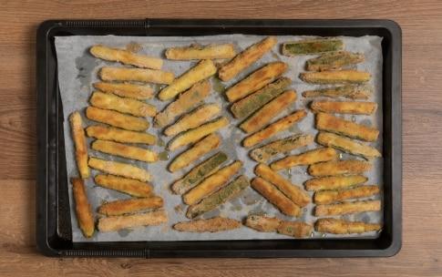 Preparazione Zucchine impanate al forno - Fase 2