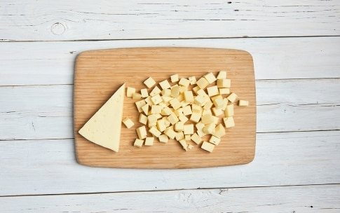 Preparazione Sbriciolata di patate, zucchine e Stelvio DOP - Fase 1