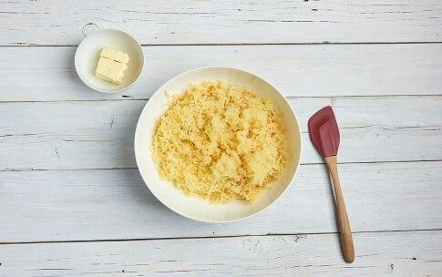Preparazione Sbriciolata di patate, zucchine e Stelvio DOP - Fase 2