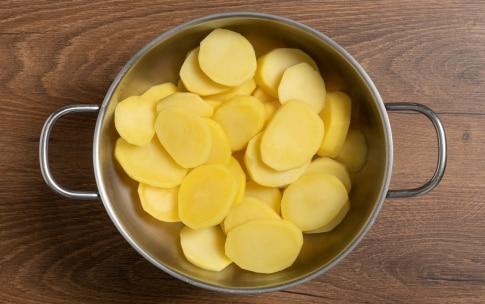 Preparazione Patate e cipolle al forno - Fase 1