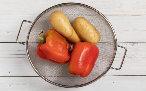 Preparazione Patate e peperoni - Fase 1