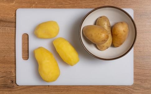 Preparazione Patate e peperoni cruschi - Fase 1