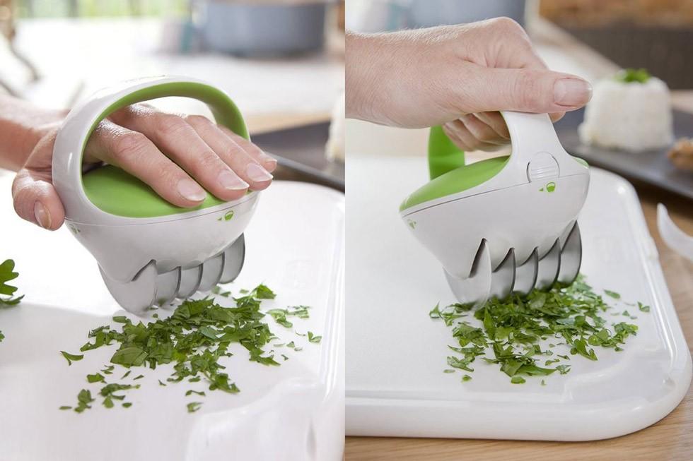 25 accessori strani ma utilissimi per la tua cucina che